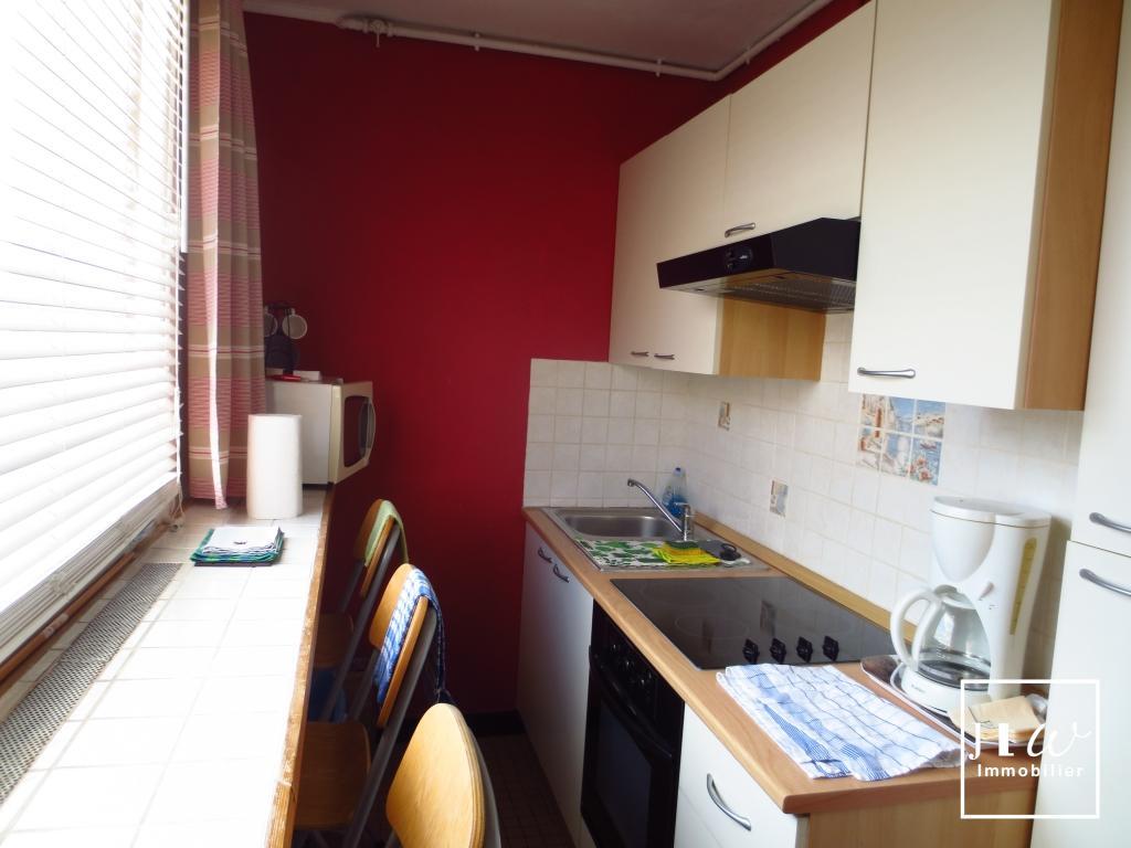 Location appartement 59000 Lille - RUE GUSTAVE DELORY - GRAND TYPE 1 BIS PRET DE MEUBLES
