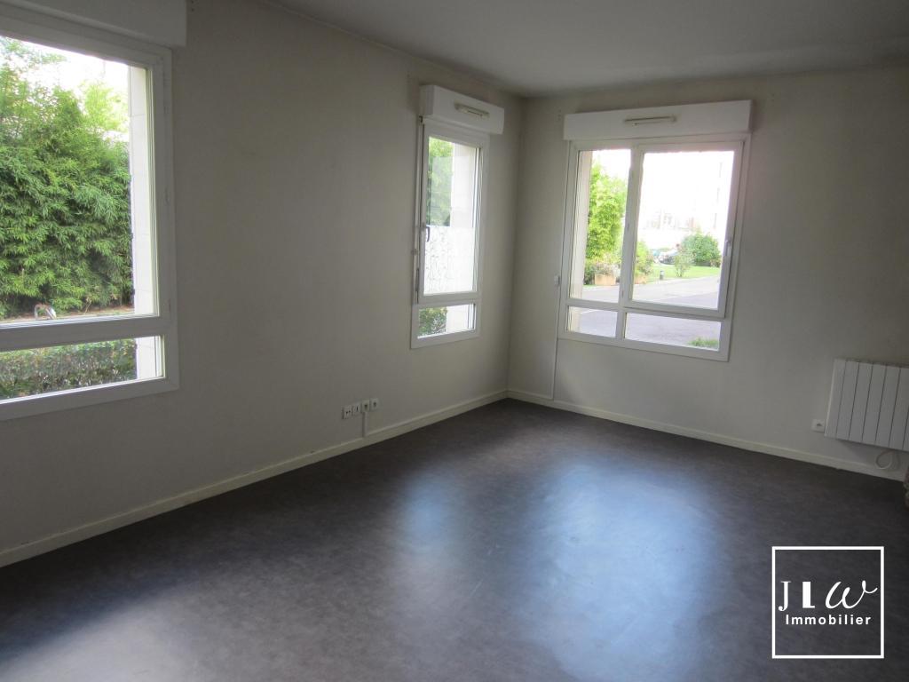 Location appartement 59000 Lille - Lille République - Type 2 non meublé de 48,79m²