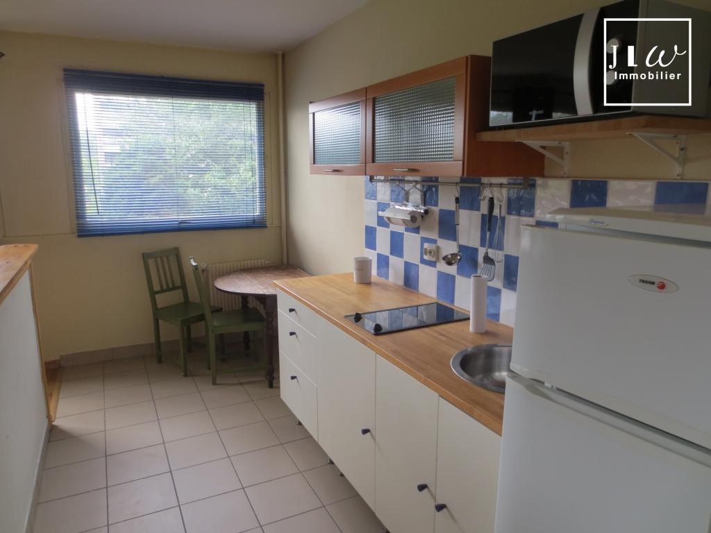 Location appartement 59000 Lille - Studio meublé garage cave résidence sécurisée