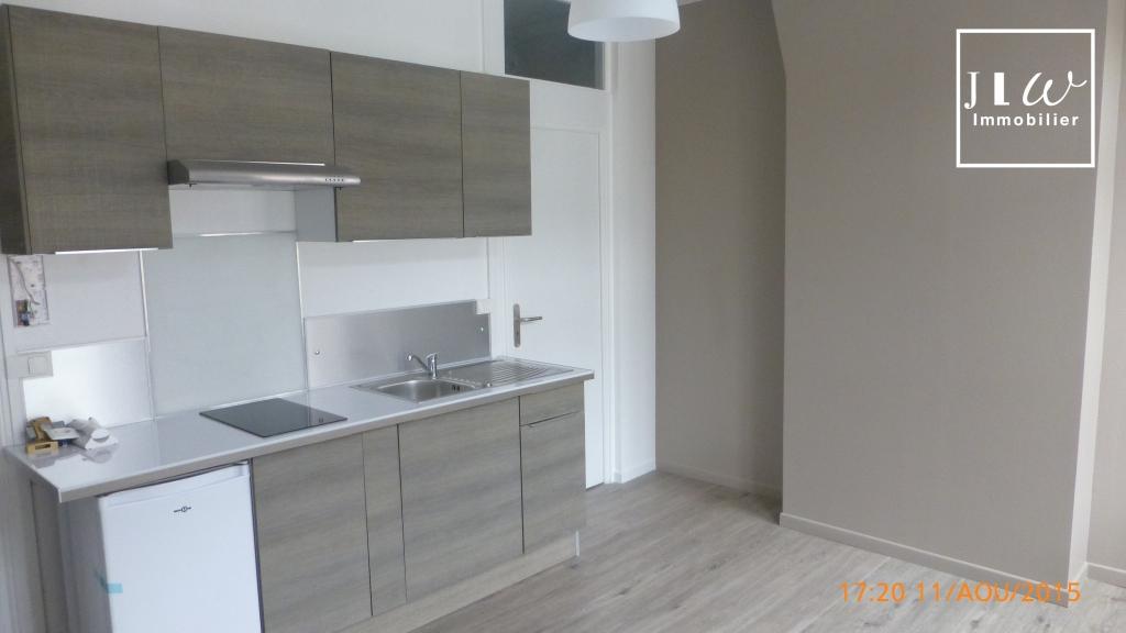 Location appartement 59000 Lille - TYPE 2 DE 30M² RÉNOVÉ VIEUX LILLE - Non meublé