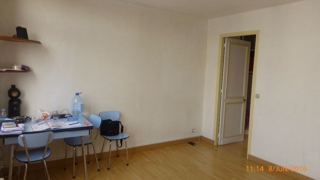Location appartement 59000 Lille - Type 2 non meublé de 31m² - St Michel