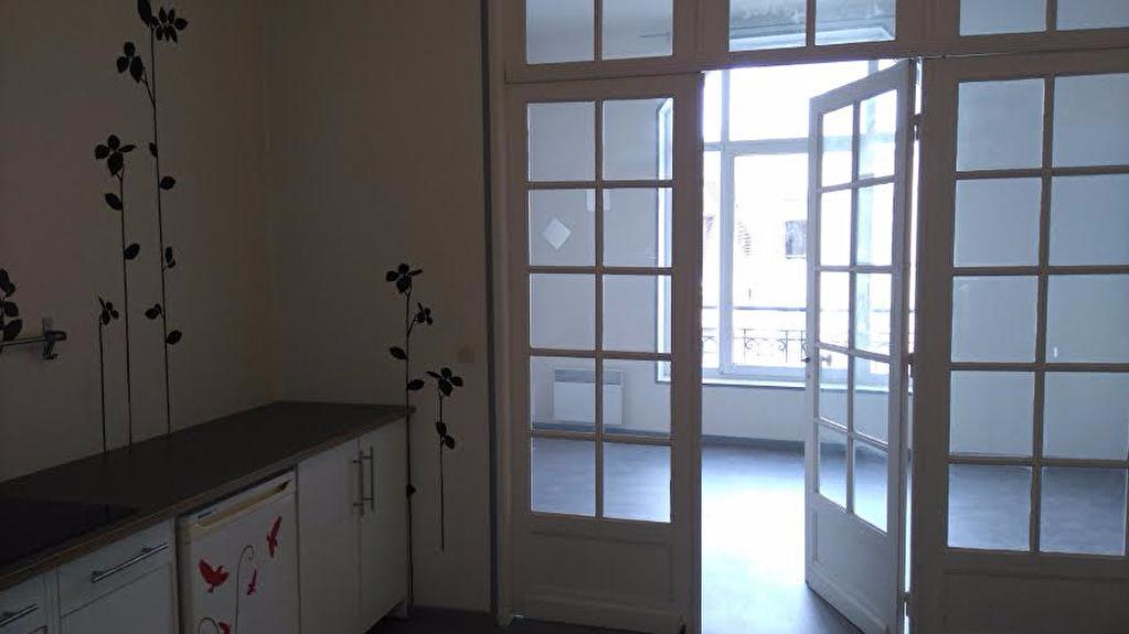 Location appartement 59000 Lille - T 1 bis Non meublé -  Hyper centre