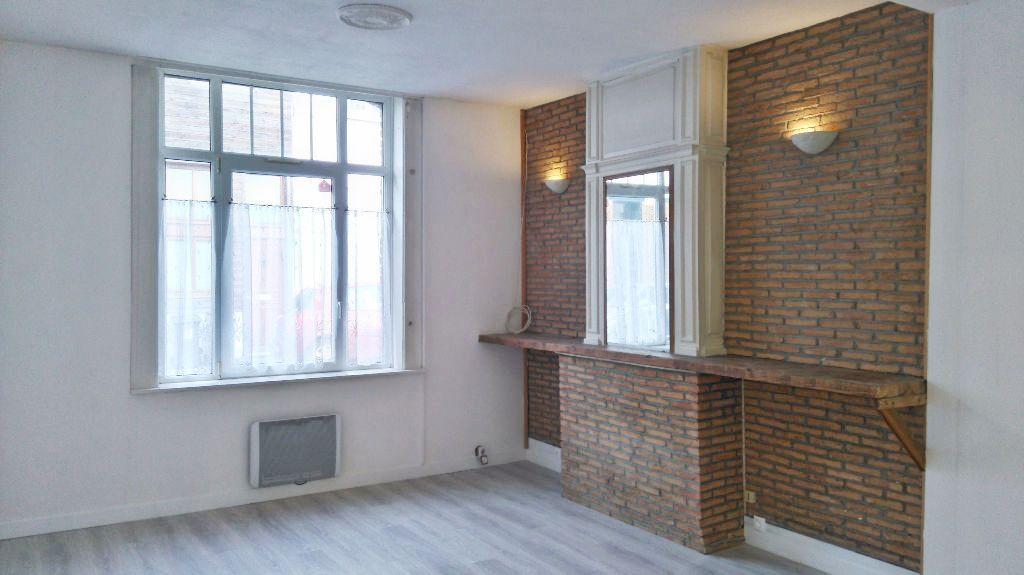Location appartement 59000 Lille - Lille - 2 pièces non meublé de 55,06m²