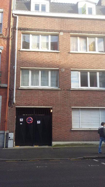 Location parking 59000 Lille - Place de parking sécurisée, rue d'Artois.