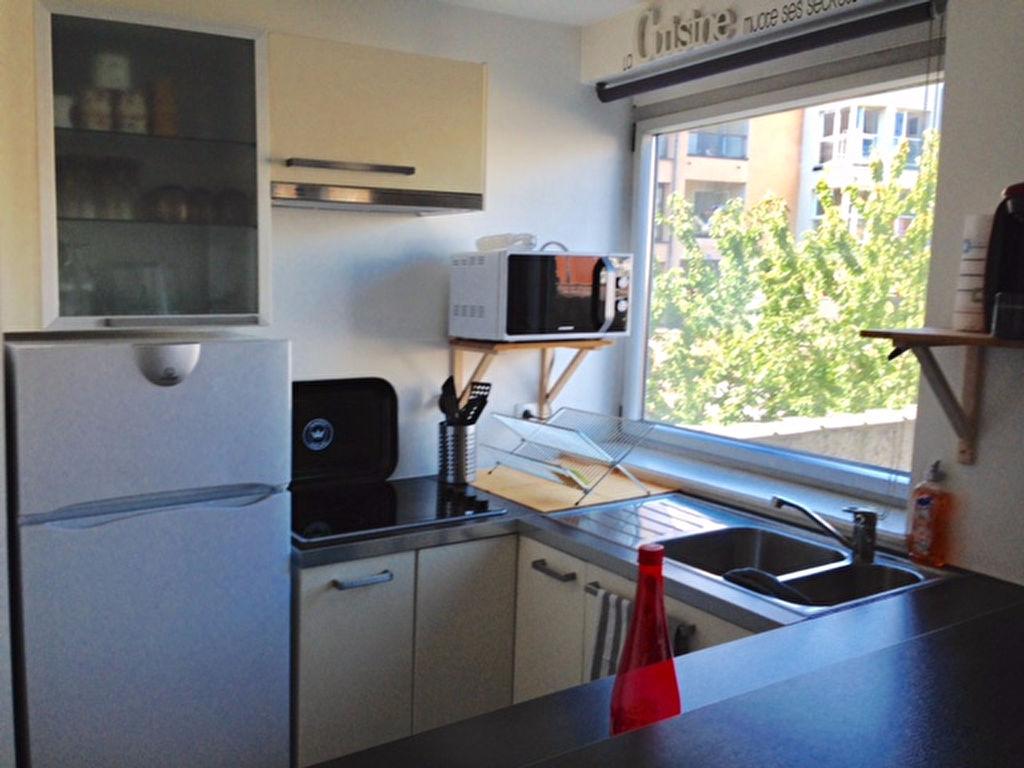 Location appartement 59000 Lille - LILLE T2 de 42m² -  Non meublé - JEAN-BAPTISTE LEBAS