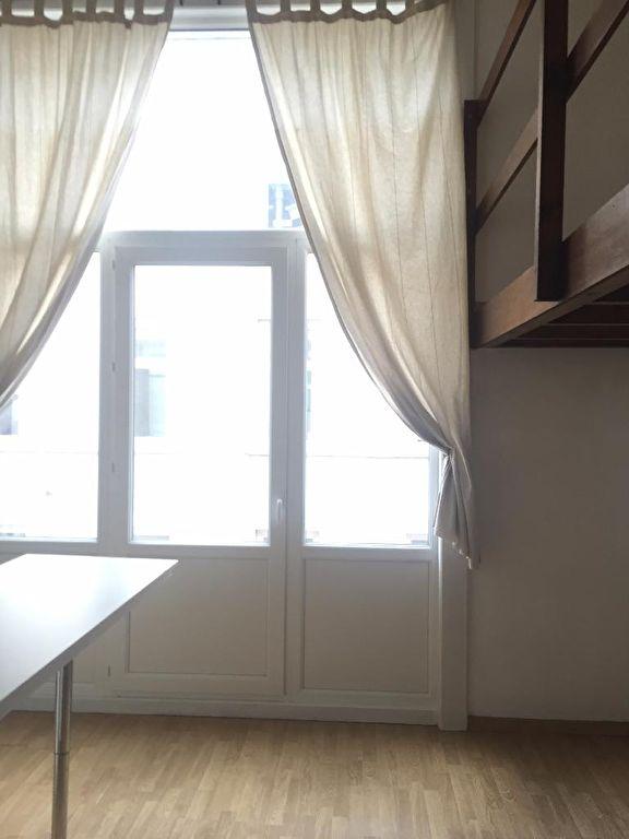 Location appartement 59000 Lille - Lille Hyper centre - Studio avec mezzanine non meublé de 32m²