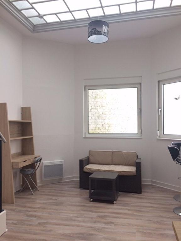 Location appartement 59000 Lille - NATIONALE - Type 1 bis meublé entièrement rénové