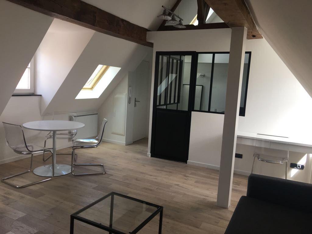 Location appartement 59000 Lille - Type 1bis meublé de 35m²  secteur Vieux Lille
