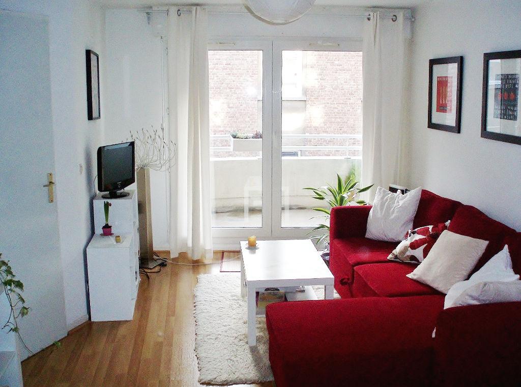 Location appartement 59000 Lille - Lille - Appartement 2 pièces non meublé de 49m² avec balcon