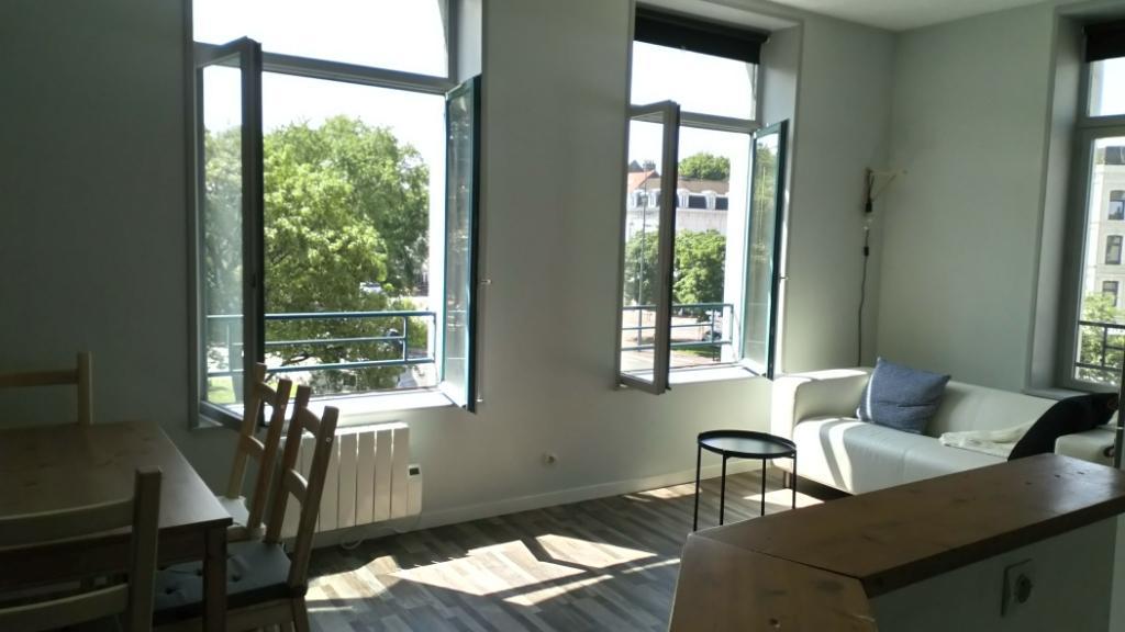 Location appartement 59000 Lille - SECTEUR REPUBLIQUE- TRES BEAU T2 MEUBLE