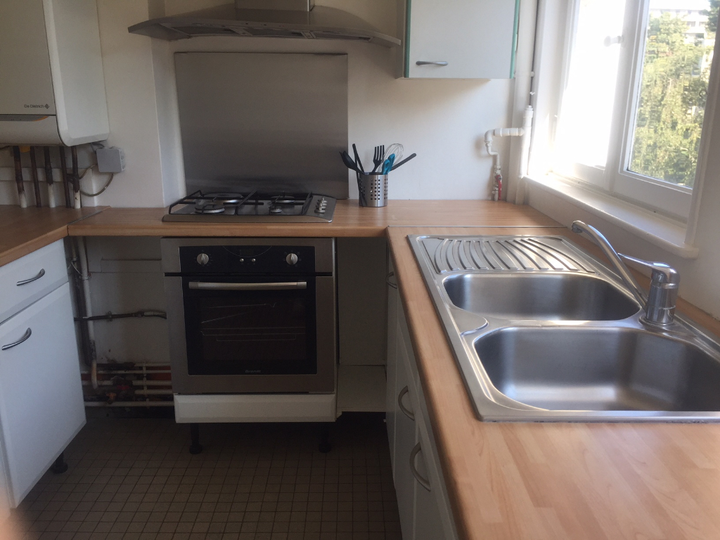 Location appartement 59000 Lille - Appartement Lille 4 pièces  Prêt de meubles - Vauban