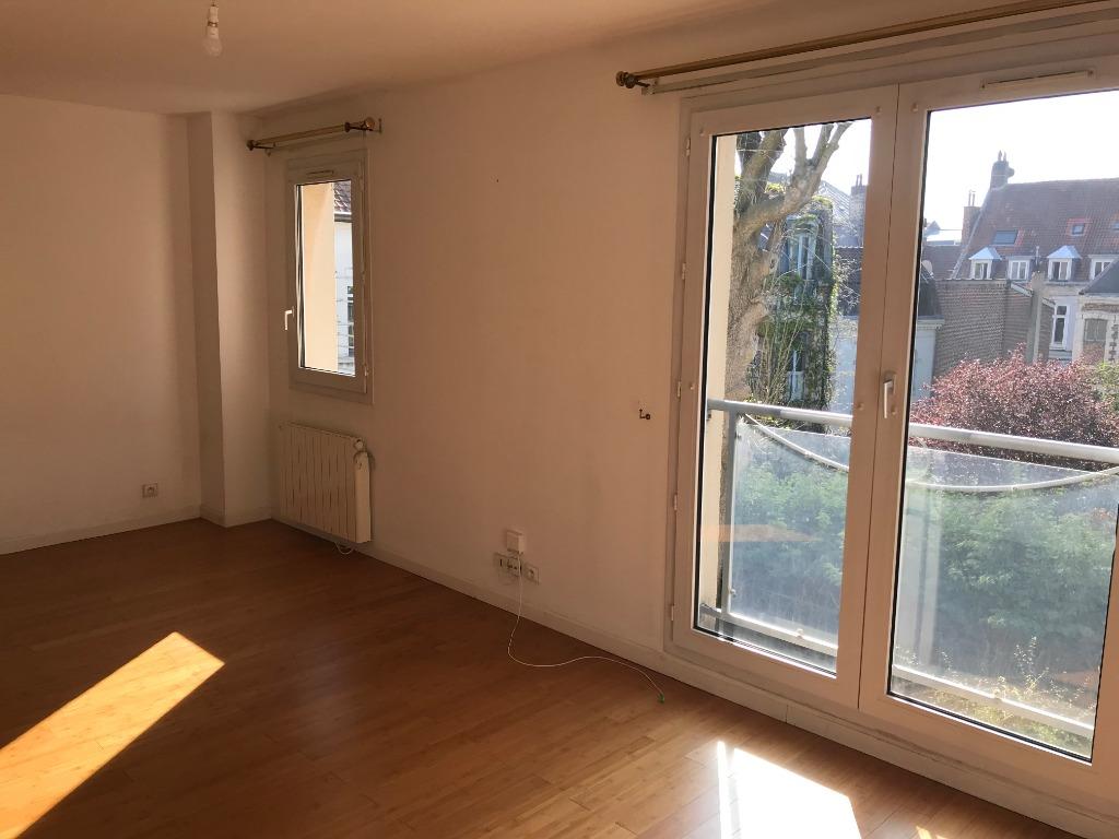 Location appartement 59000 Lille - VIEUX LILLE - Type 3 non meublé de 51.57 m² avec parking