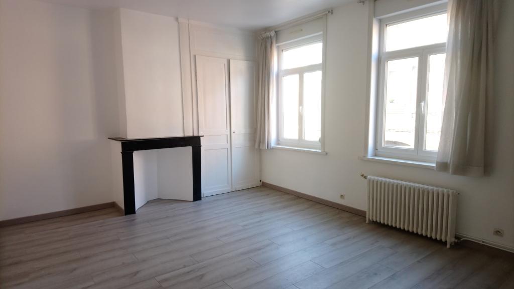 Vente appartement 59000 Lille - Exclusivité JLW ! Type 2 de 45 m² - Etat impeccable !